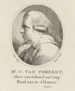 Portretbuste in profiel van Cornelis van Foreest, heer van Schoorl, Groet en Kamp. Hij draagt een staartpruik en een sjaal. Stippelgravure en ets, door Jan Kobell. Rijksmuseum Amsterdam.